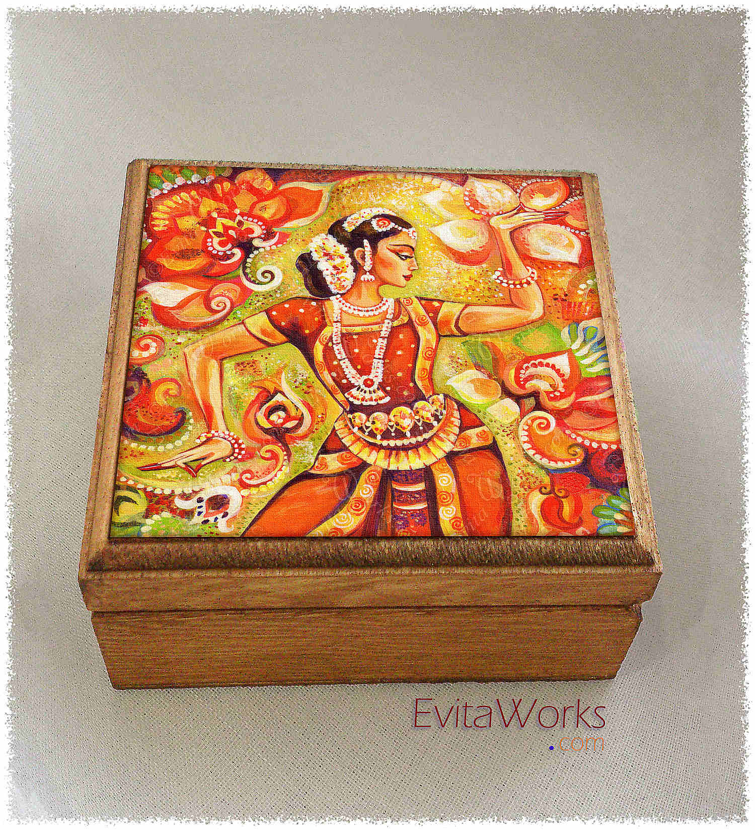 India Boxsq ~ EvitaWorks
